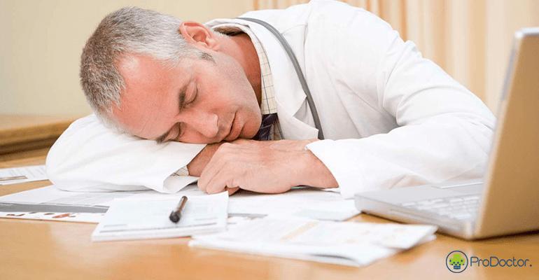medico-cansado