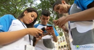 WhatsApp proporciona novos horizontes para jovens surdos