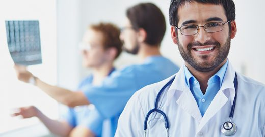 Como os médicos podem administrar melhor seu consultório/clínica