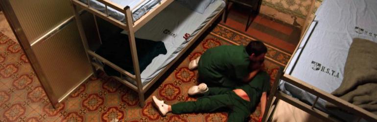 11° episódio da 3ª temporada de Sob Pressão: Carolina desmaia