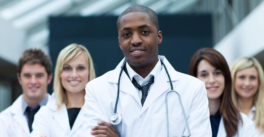 Diferenças entre clínica e consultório